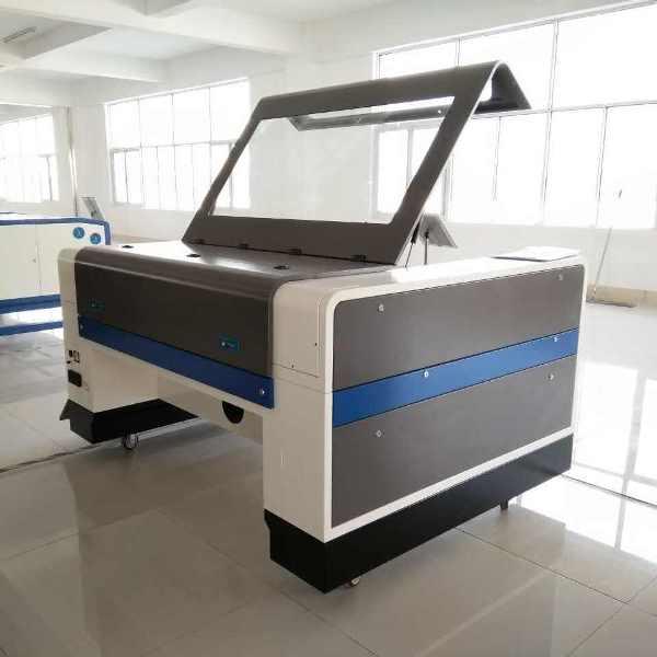 Equipamento laser 130w